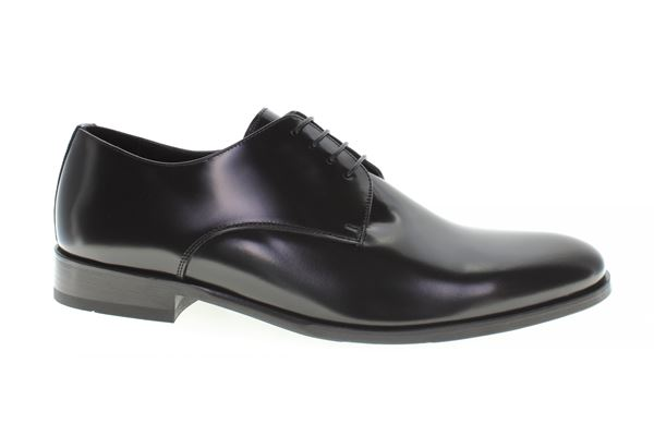 Derby semi-gloss black leather, leather bottom. A classic that never sets!