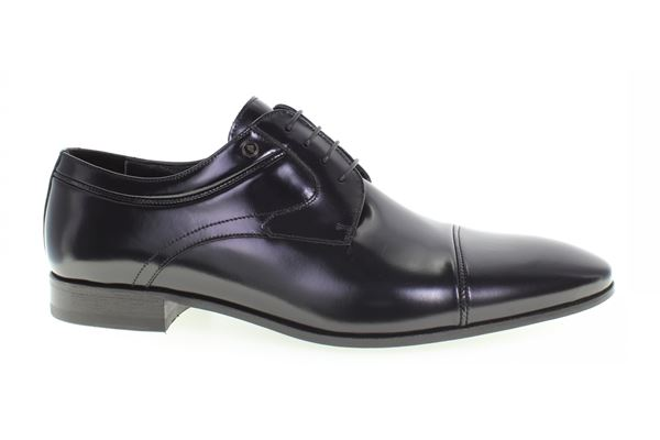 Derby in calf semigloss dark blue. Leather bottom. The passion for the classic is ageless!